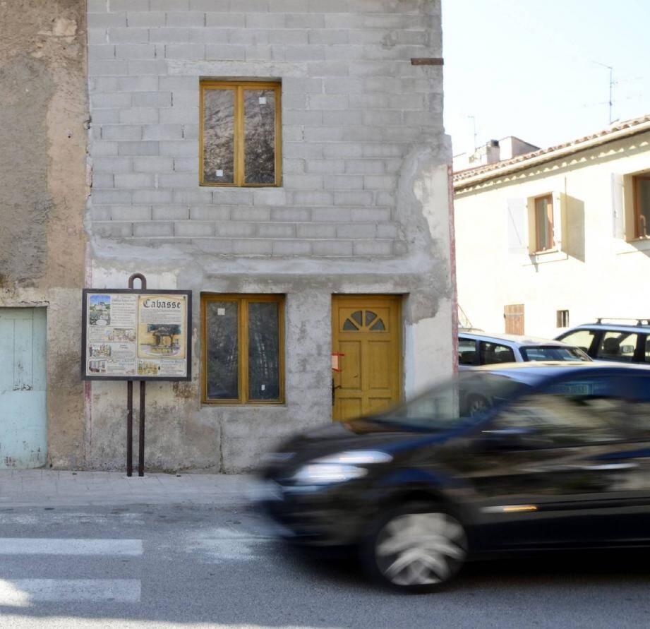 Cette maison située au cœur du village semble avoir abrité un laboratoire.