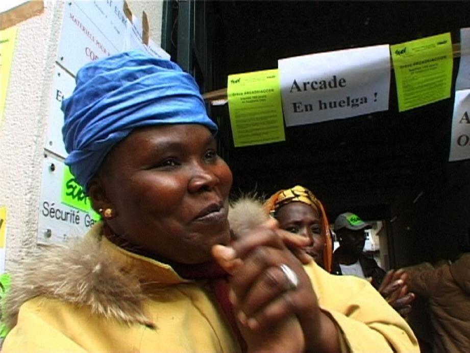 Dans le film documentaire « Remue-ménage dans la sous-traitance » (extrait ci-dessus), projeté samedi, des mères de familles se battent pour leurs droits au travail.