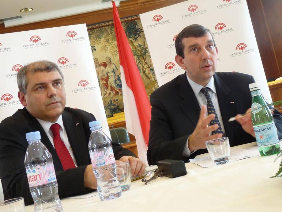 Jean-François Robillon et Alexandre Bordero, hier face à la presse dans l'hémicycle.