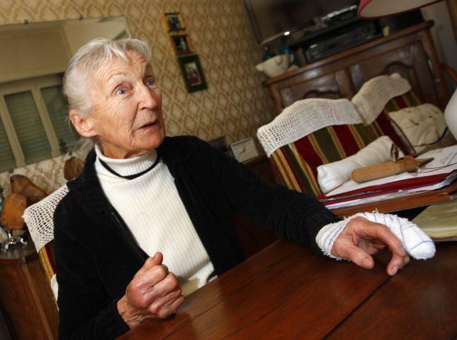 Odette Amann, 84 ans, a mis en fuite son agresseur malgré une silhouette frêle : « Je l'ai saisi par le col en V de son t-shirt. Avant de le poursuivre ».