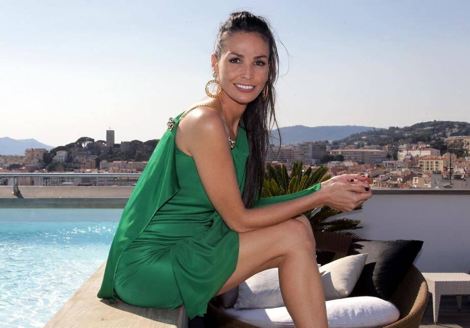 Inès Sastre, sur la terrasse du Majestic à Cannes : du mannequinat au cinéma, il n'y a que quelques marches, sur la Croisette…