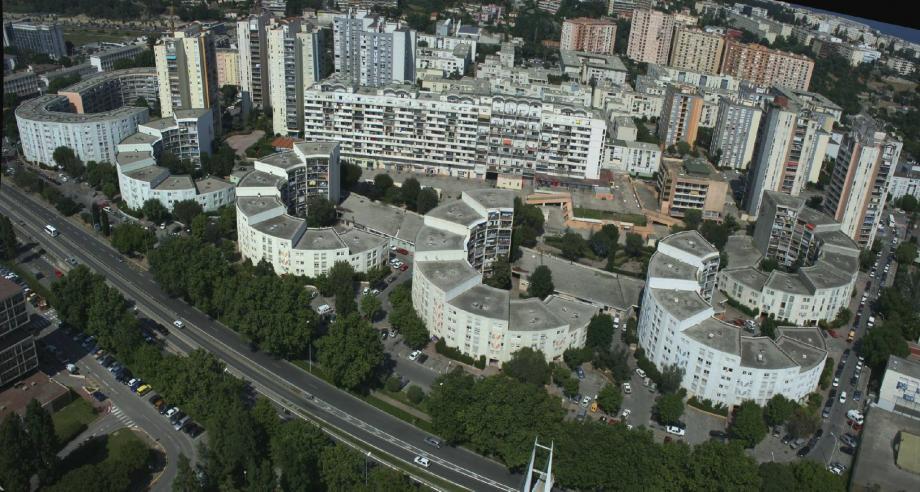 Lancé fin 2010, le chantier de la rénovation urbaine des Moulins doit s'achever à l'horizon 2016.