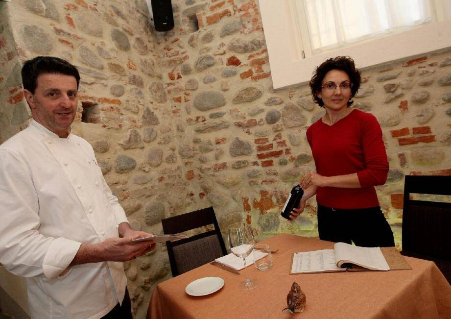 Marc Lanteri et son épouse Amy Il Baluardo dans leur restaurant de Mondovi, en Italie, près de Cuneo.