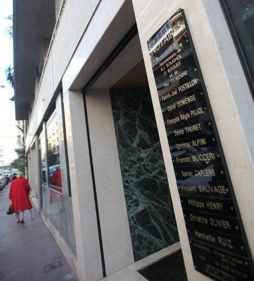 Située dans le quartier des Musiciens à Nice, la SCP Postillon et associés, classée en 2007 première de province, a compté jusqu'à cent salariés.