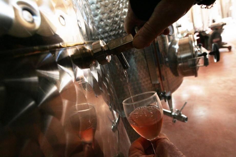 La nouvelle réglementation européenne sur la vinification va s'appliquer dès la prochaine récolte.