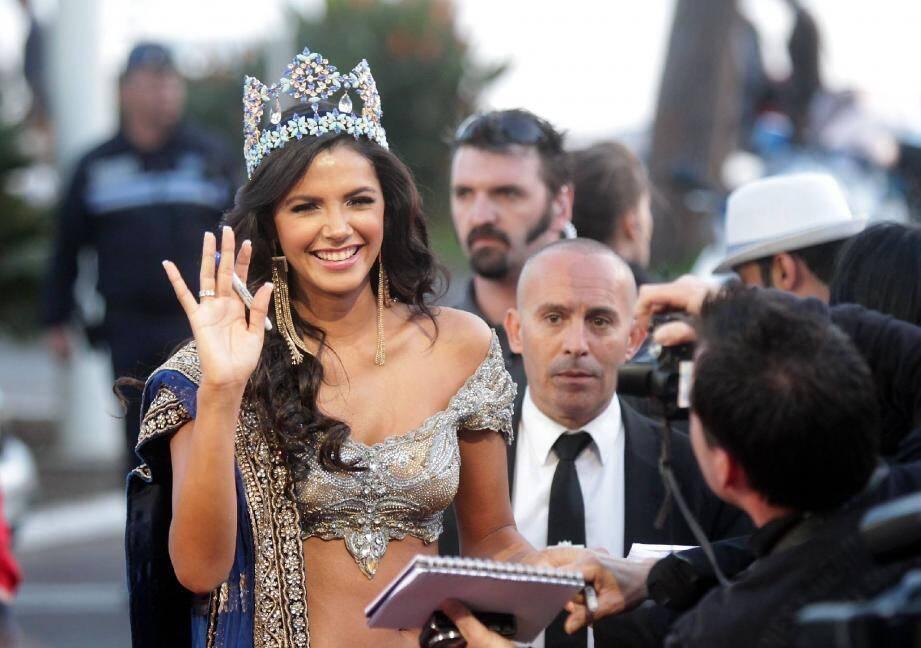 La Vénézuélienne Ivian Sarkos, Miss Monde 2011, lors de la soirée d'ouverture dimanche.