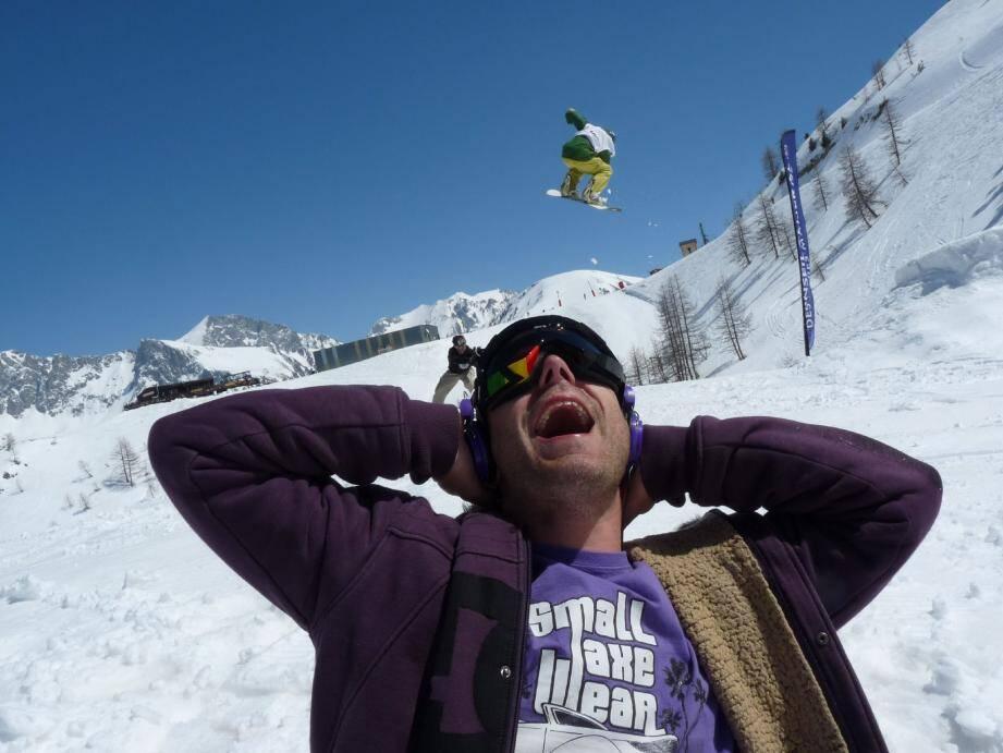 Ce week-end, amateurs et « pro-riders » s'envoleront sur le snowpark, au son vertigineux des mixes du DJ Pulla, déjà présent l'année dernière.