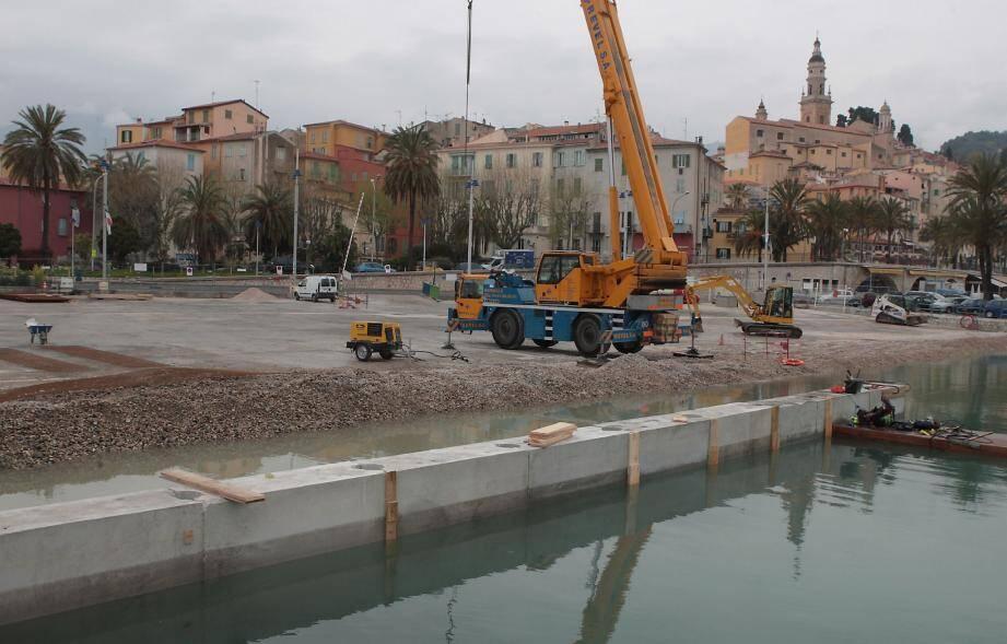 Les blocs de béton vont permettre de gagner 700 m2.