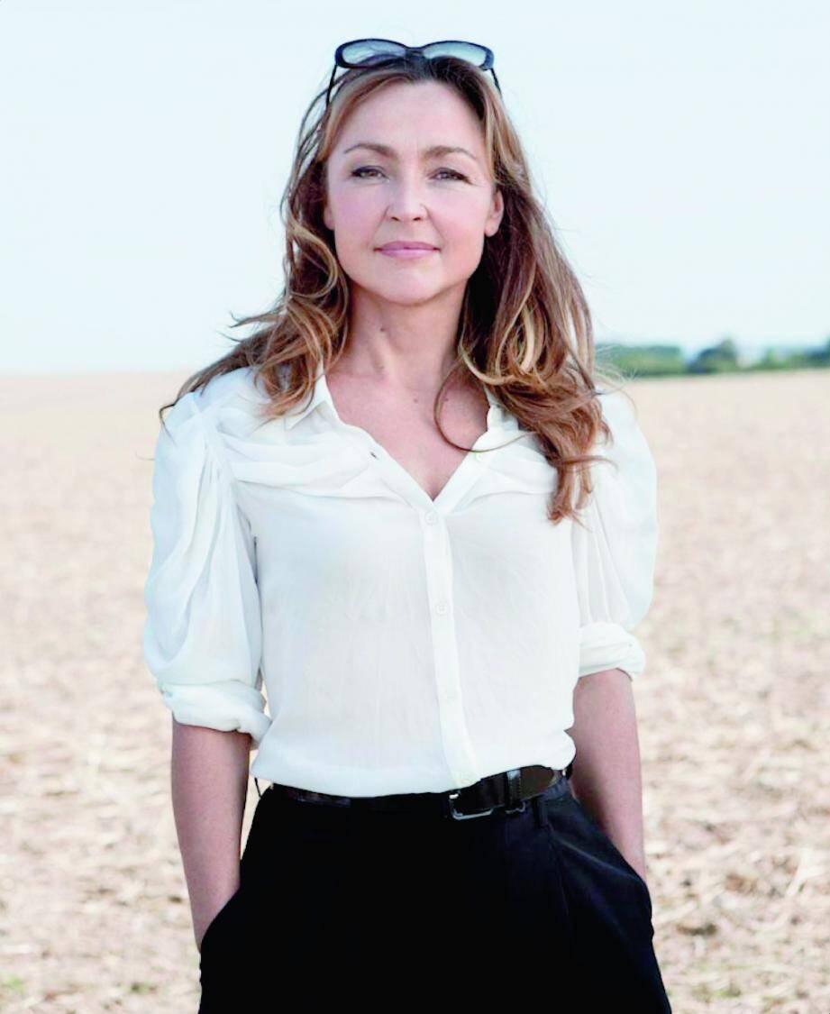 Winnie, l'héroïne de Beckett, est un personnage que Catherine Frot sent proche d'elle. « Elle n'est pas loin d'un grain de folie et en même temps, elle est lucide. »