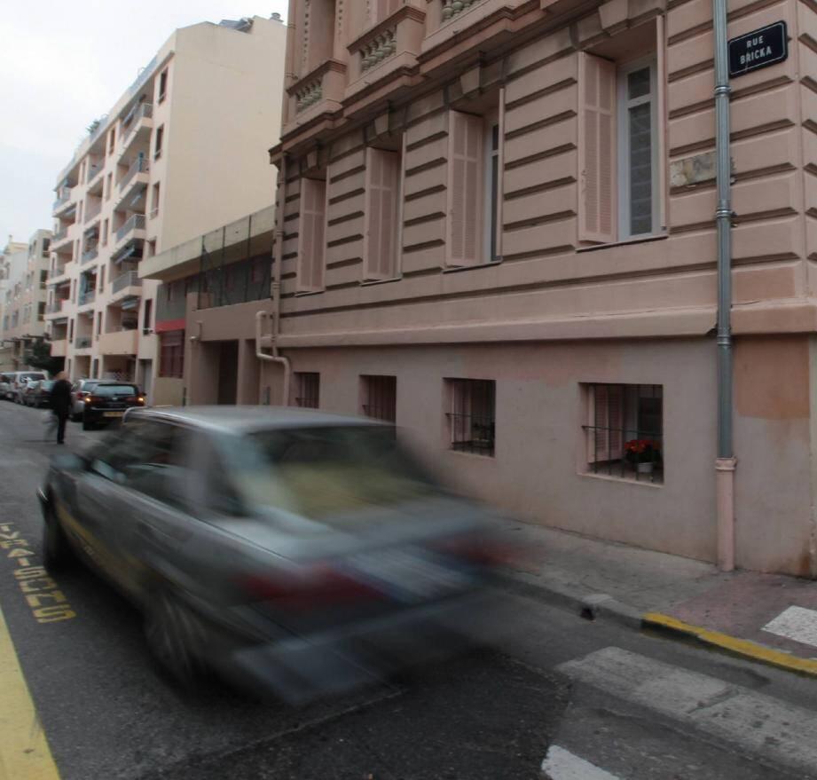 C'est dans cette rue que le loueur de voiture dit avoir été tabassé par les deux condamnés.