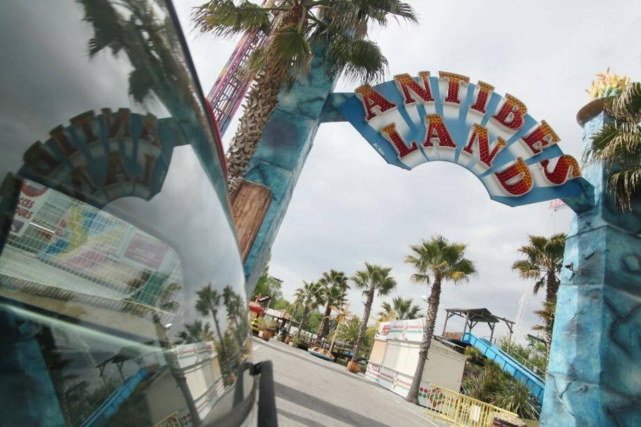 Cette année encore, c'est le parc d'attraction « AntibesLand » qui suscite de vives polémiques dans le quartier de La Brague. Il dérange le voisinage.
