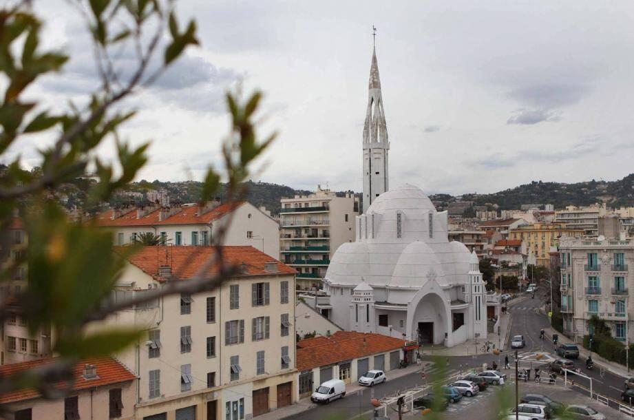 Le clocher de l'église Jeanne-d'Arc, à Saint-Lambert, sera en travaux dès cet automne.