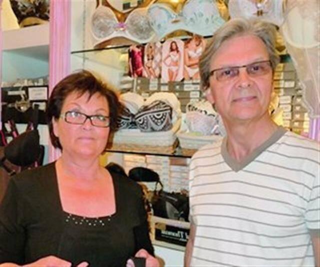 Maurice Radigois et son épouse : « On aura la noria des camions. »