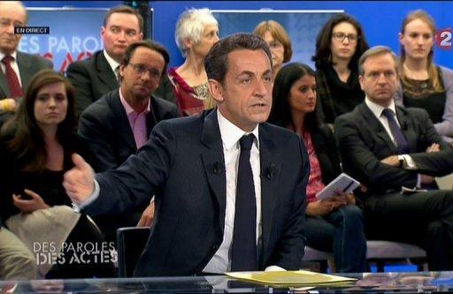 """Capture d'écran de Nicolas Sarkozy sur le plateau de l'émission de France 2 """"Des paroles et des actes"""", le 26 avril 2012"""