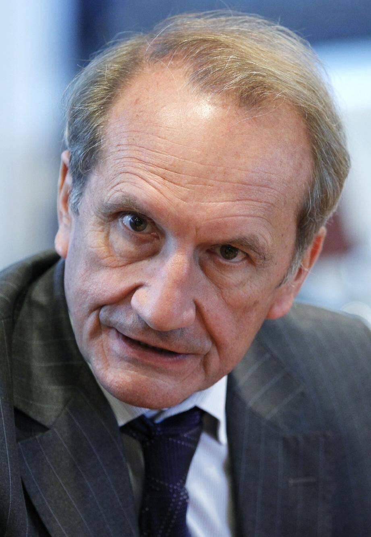 Entré à l'UMP en 2002, après avoir adhéré 24 ans à l'UDF, Gérard Longuet se déclare « heureux » au sein du parti présidentiel.