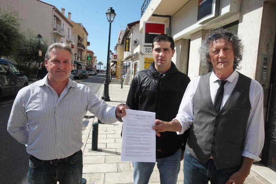 Les commerçants des Oliviers le disent haut et fort : le marché forain fait partie intégrante de l'avenue ! Une lettre ouverte adressée au sénateur-maire a recueilli une majorité de signatures.