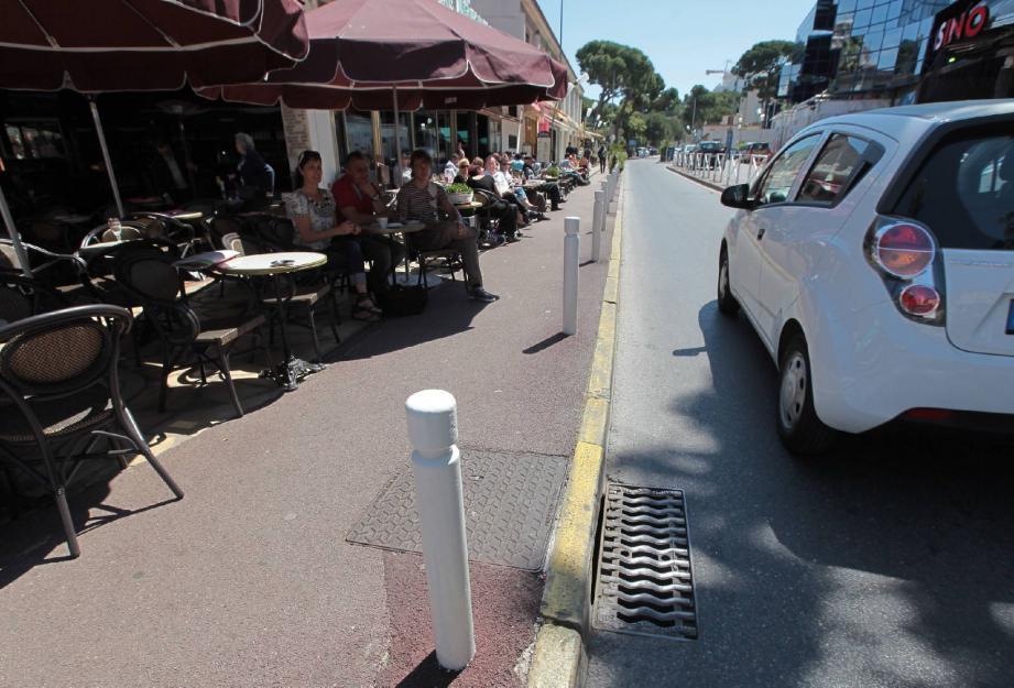 Juan : un chauffard manque de peu  de foncer  - 16915059.jpg
