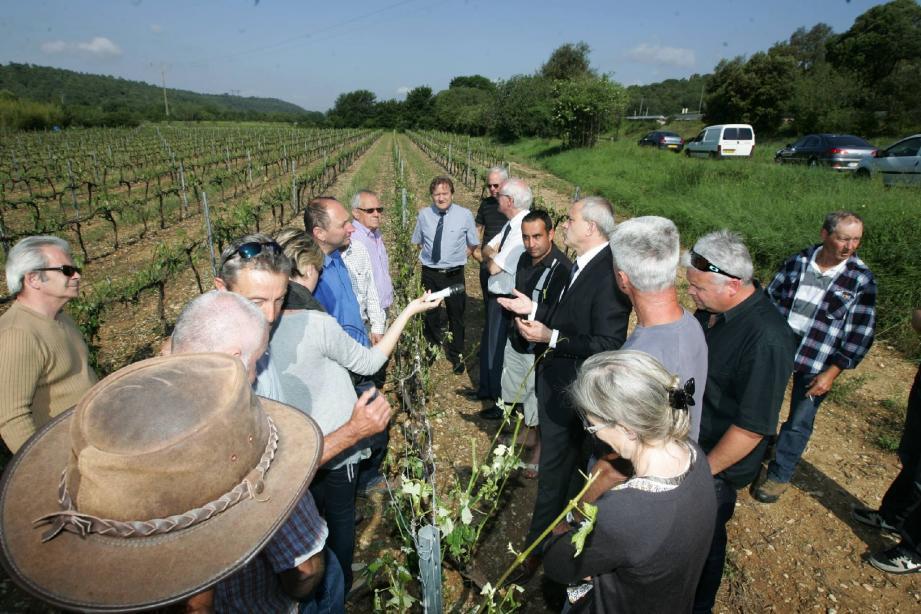 Sur toutes les exploitations visitées par le préfet Paul Mourier c'est le même constat : « La récolte de 2012 est perdue et il y aura des incidences sur celle de 2013… C'est catastrophique. »