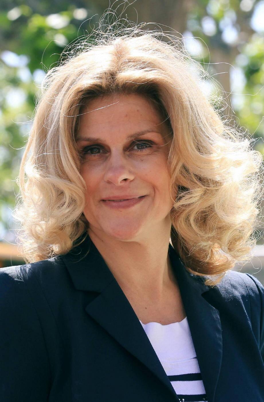 Elisabeth Deborde : « En un mois, je suis passée de l'opposition à la majorité présidentielle.».