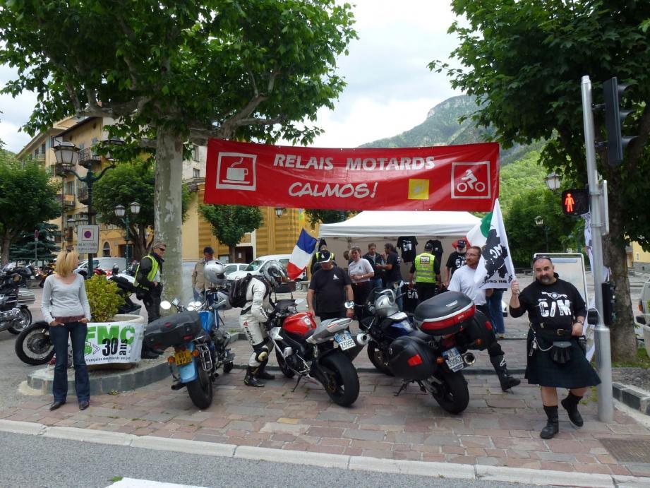 Entre 9 h et 18 h, près de 300 motards ont fait halte au stand de la FFMC.