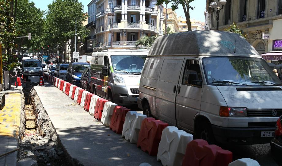 La circulation est de plus en plus perturbée sur le boulevard Carnot et cela n'est pas prêt de s'arranger...