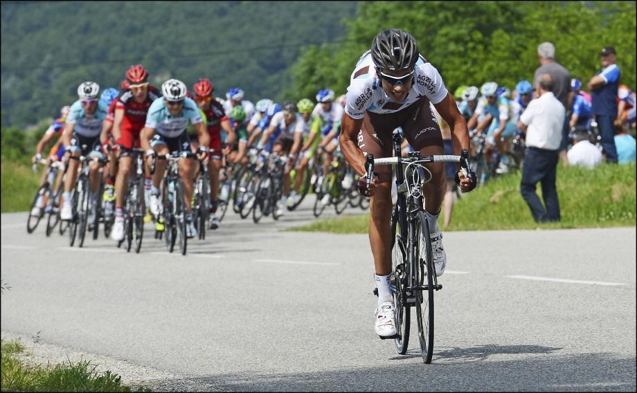 Sélectionné pour son premier Tour, Mikaël Cherel(en blanc) espère bien se montrer et pourquoi pas avoir le bonheur de remporter une étape.