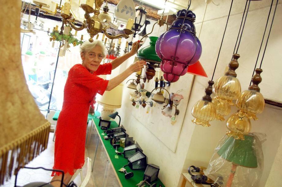 Christiane Trabaud aimerait liquider tout le stock de la boutique de Marcel-Journet d'ici fin juin.