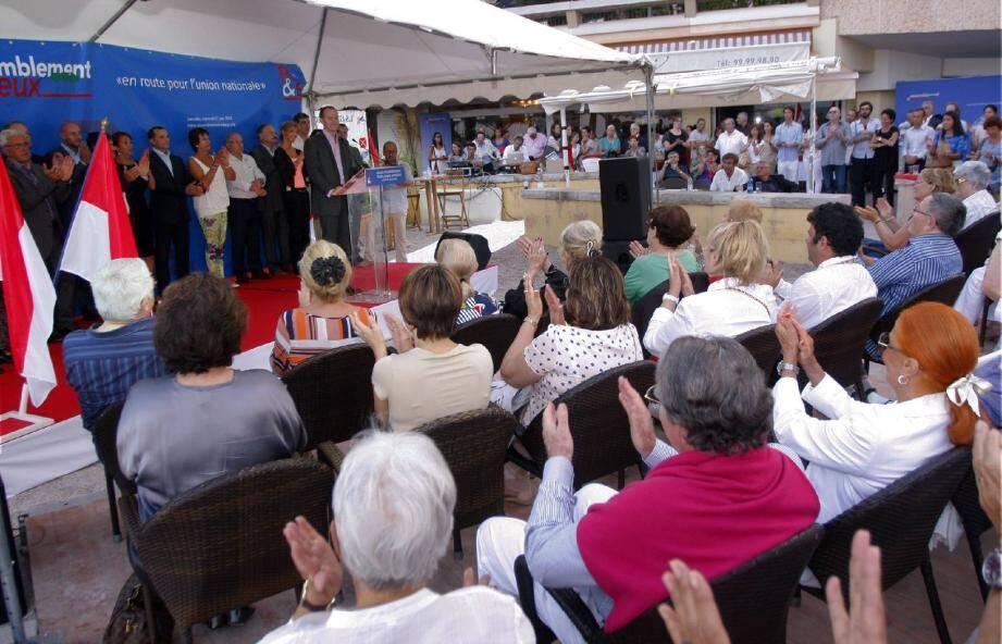 Le groupe politique d'opposition a réuni, mercredi soir, ses sympathisants sur la plage du Larvotto pour un dernier rendez-vous avant d'entrer, en septembre, dans le vif de la campagne.