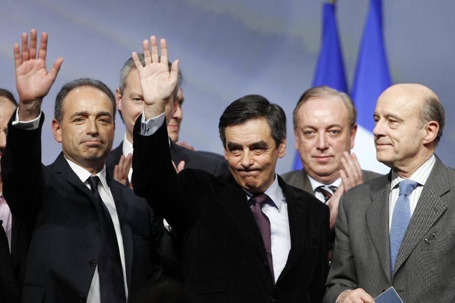 Jean-François Copé et François Fillon lors du conseil national de l'UMP, à Paris, le 28 janvier dernier.