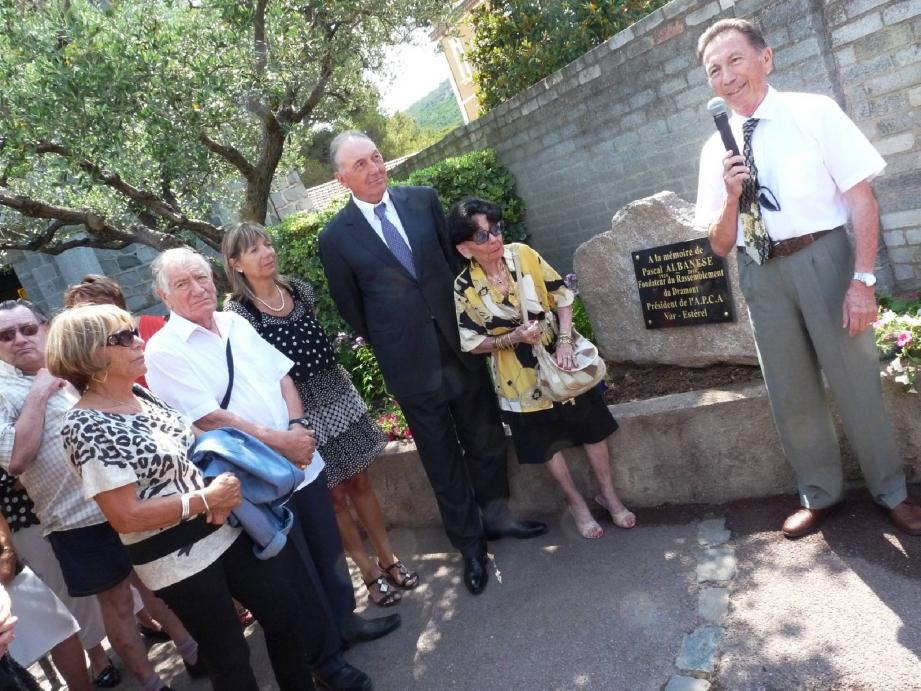 Le député-maire était au côté de la famille et des amis de Pascal Albanèse pour cette cérémonie.