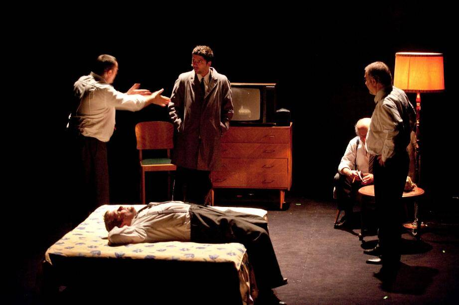 La troupe d'Alvin Hailey 2, la pièce de Joël Pommerat, le cirque Eloize, mais aussi la dernière création de Découflé, Edouard Baer et Camille seront visibles sur la scène maximoise la saison prochaine.