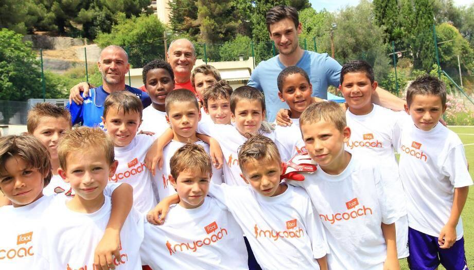 Un moment de partage entre Hugo Lloris, Claude Esposito, Olivier Lopez et les enfants.(Ph. F. Vignola)