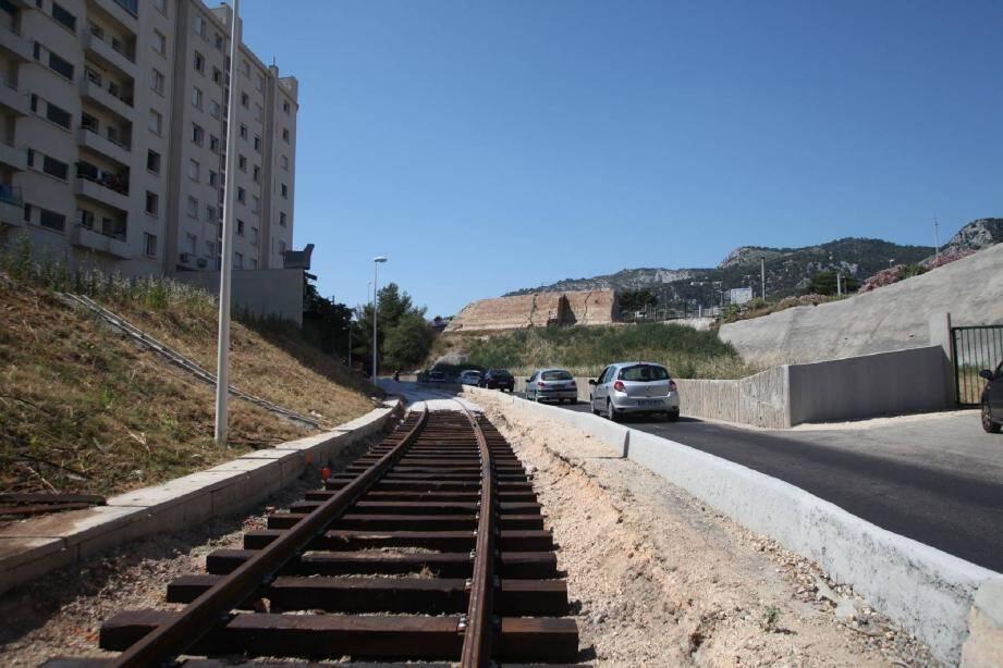 Bien qu'elles n'aient plus servi depuis des lustres, les rails du «puits Marchand» ont été remis en place par les pouvoirs publics