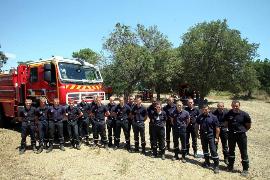 Depuis le 28 juin dernier, plus de trente hommes et femmes sont venus de l'unité d'instruction et d'intervention de la sécurité civile de Nogent-le-Rotrou pour prêter main-forte au centre de secours de Porto-Vecchio.