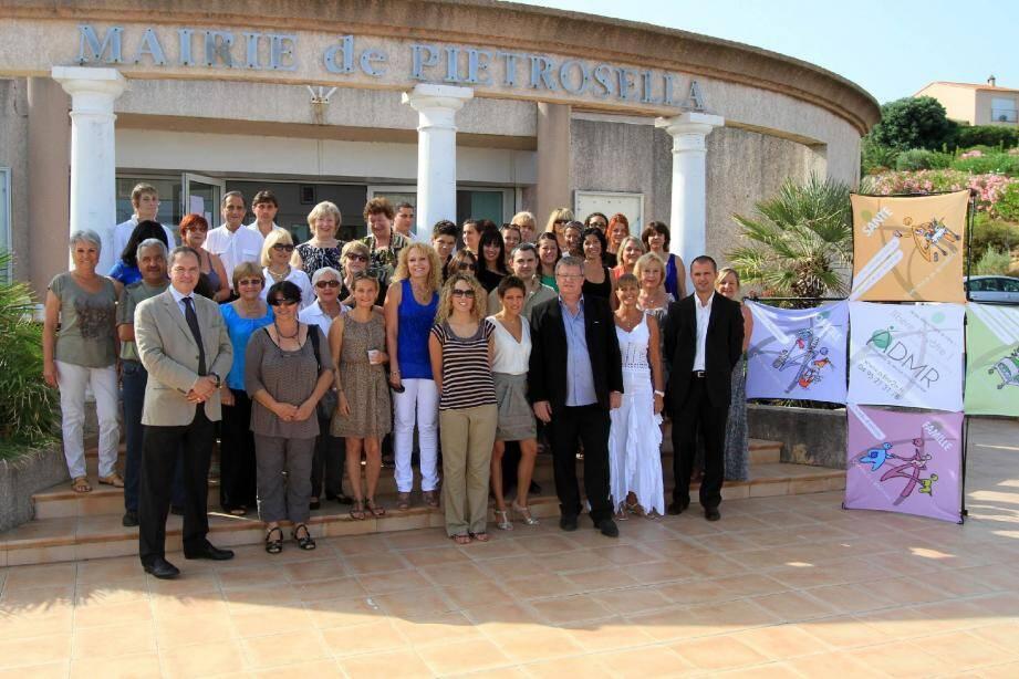 À l'occasion de l'assemblée générale 2011 qui s'est déroulée à la mairie de Pietrosella, André Quastana a été élu à l'unanimité à la présidence de la fédération de l'ADMR de la Corse-du-Sud.
