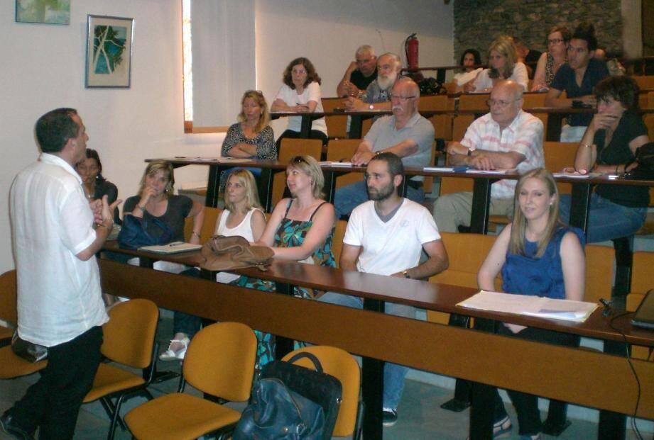 Les mesures de soutien au développement économique et à l'emploi ont été présentées lors d'une réunion à Moriani-Plage.