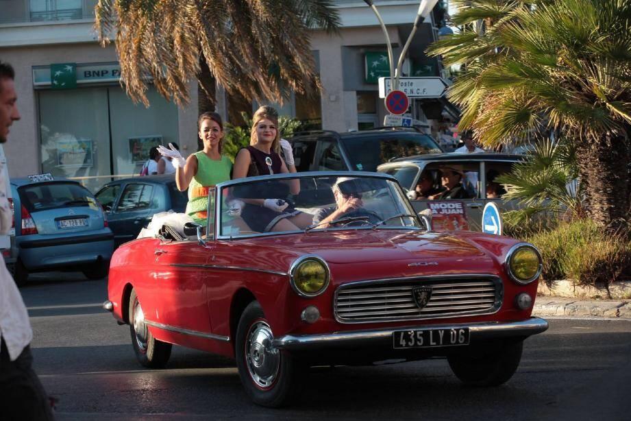 Comme un air des années 60 hier après-midi du côté de la Pinède, pour le plus grand plaisir des touristes...