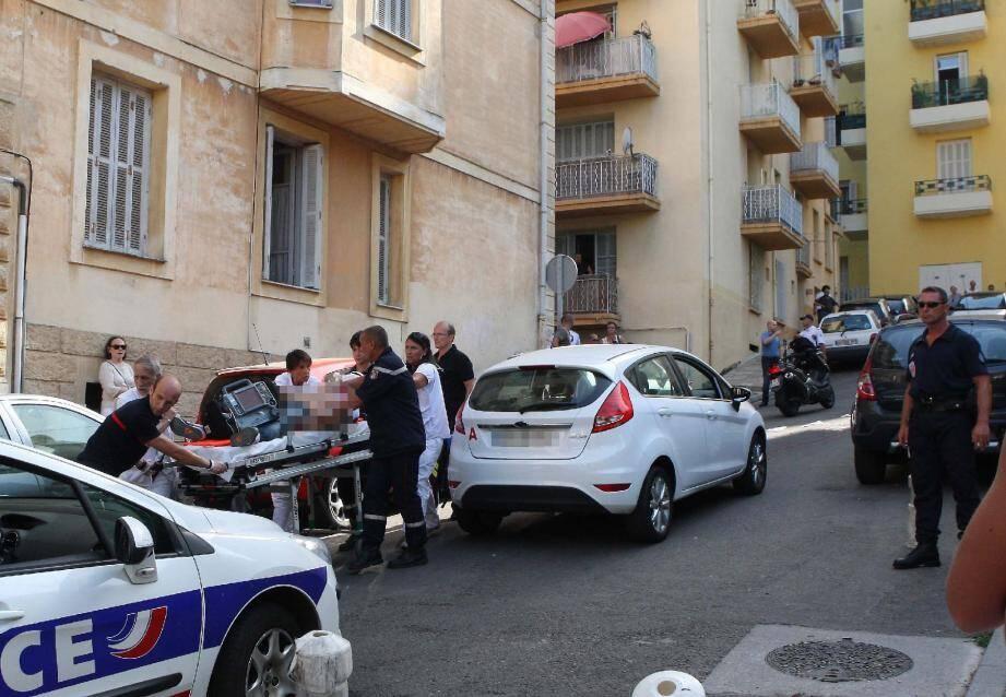Yves Manunta avait été visé à deux reprises, en 1996 et récemment, le 8 novembre 2011. Sa femme et sa fille avaient été gravement blessées.