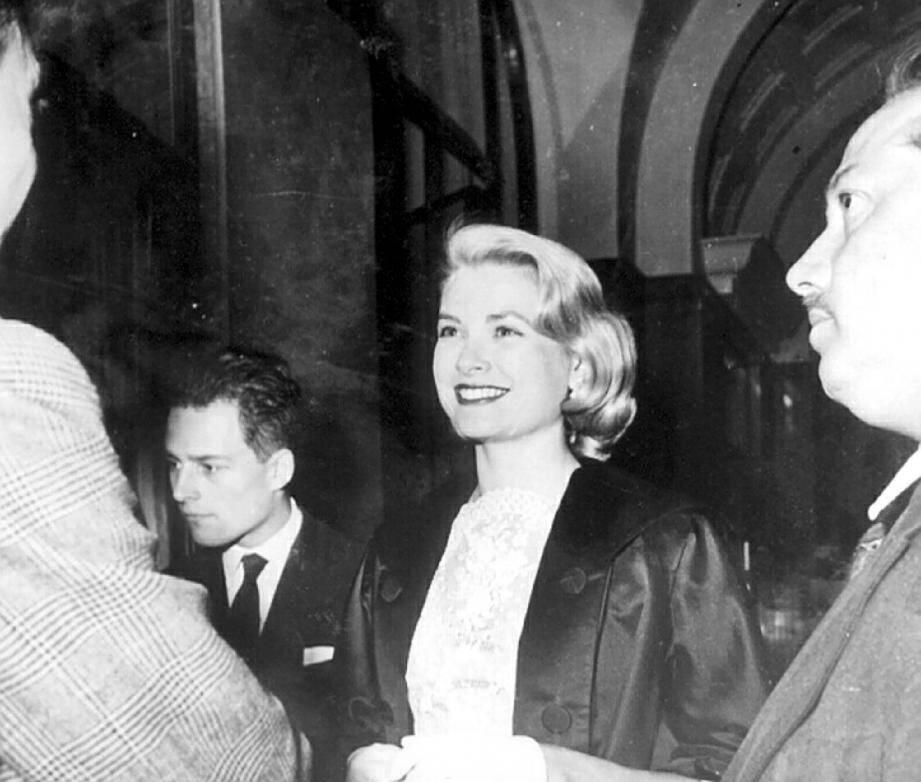 Grace Kelly sur le tournage de « La main au collet » en 1954 sur la Côte d'Azur… Le film sera présenté au cours des soirées d'hommage à la princesse.(DR)