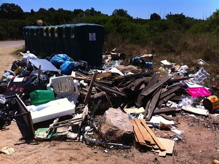 Un dépôt sauvage dans le secteur de Santa Giulia... Edifiant.