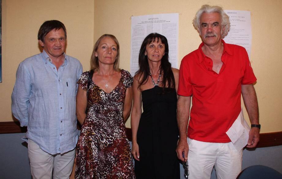 Quatre des cinq nouveaux conseillers municipaux : Olivier Ghibaudo, Ghislaine Clerton, André Delmonte et Muriel Muller étaient présents lors de la proclamation des résultats.