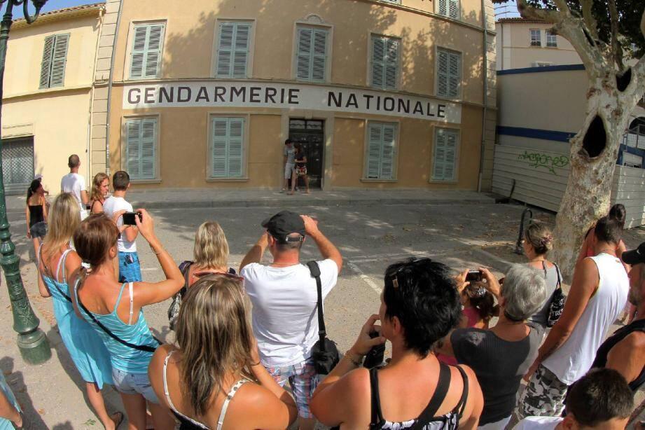 Au palmarès des monuments les plus photographiés, la gendarmerie du film « Le gendarme de Saint-Tropez » arrive en pole position.