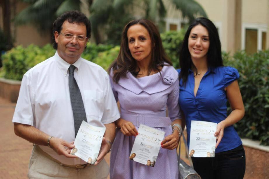 De gauche à droite, Claude Boisson, président de l'association « Jeune J'écoute », Sylvia Sermenghi-Lefrançois, membre du conseil d'administration, et son assistante, Elodie Roblez.