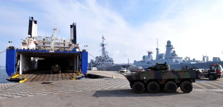 C'est lundi 8 octobre que le prochain convoi de matériel militaire devrait arriver à Toulon, à bord de l'Eider . Habitué du port de Toulon, il avait notamment embarqué des blindés pour l'Afghanistan en 2010.