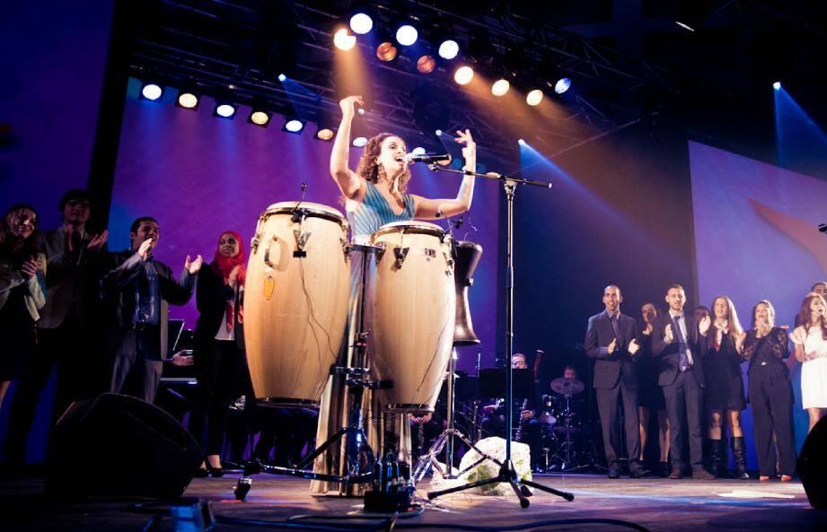 La chanteuse israélienne a ému le public, vendredi soir, lors d'une soirée organisée dans le cadre du Mois de la langue et de la culture italiennes.
