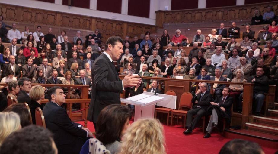 Hier soir au Centre universitaire méditerranéen, le maire a livré les résultats de quatre mois de travaux intensifs au sein des Assises.