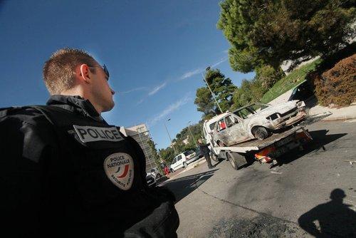 L'une des voitures a été lancée dans la descente de la Zaïne.