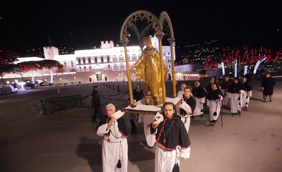 Le vœu fait par les Monégasques en 1632 se célèbre désormais en même temps que la fête de la Sainte patronne de la cathédrale, l'Immaculée Conception.