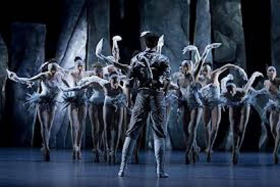 Le Monaco Dance forum a démarré hier soir. Il s'achèvera par « Lac » de Jean-Christophe Maillot. Un ballet qui revisite « Le Lac des cygnes ».