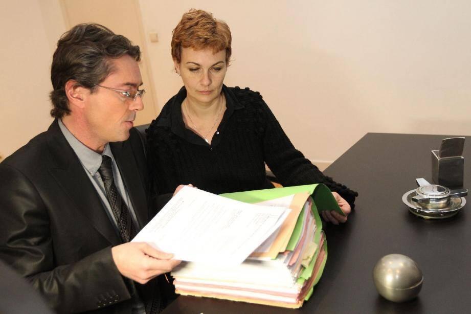 Pascale, la mère de Mayeul Karl avec son avocat, Me Franck de Vita.